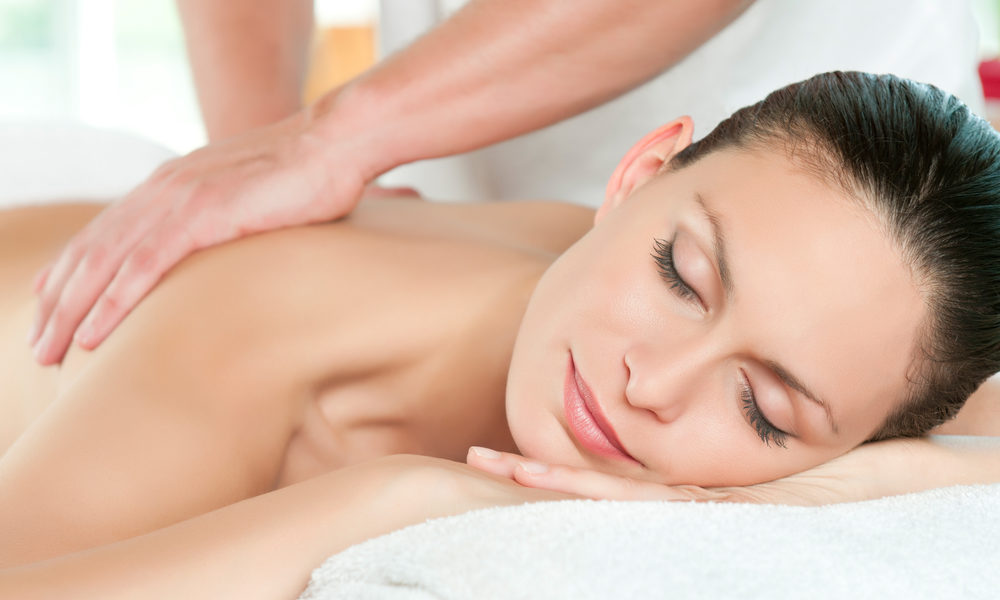 full body massage centre in kailash colony delhi